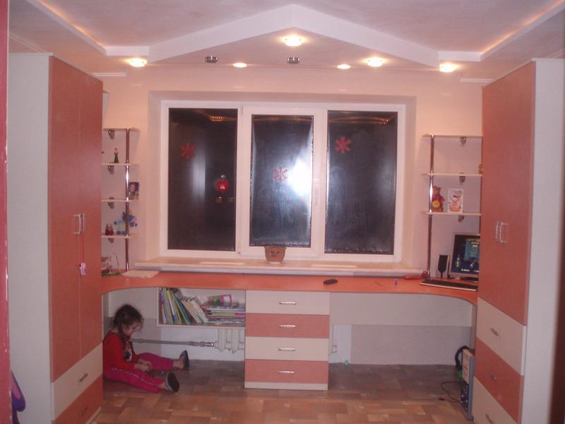 Офисная мебель под заказ в Киеве, заказать кабинет библиотеку в Киеве