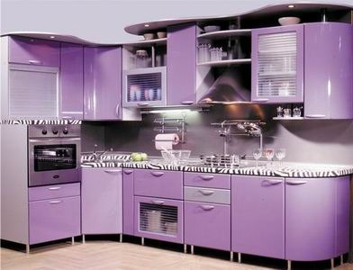 Готовую угловую кухню